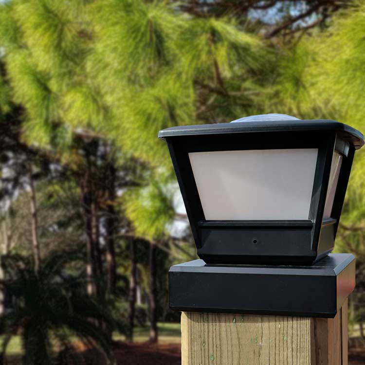 Post: Fence Post Solar Light By Free-Light. 5x5 And 6x6 Post Cap
