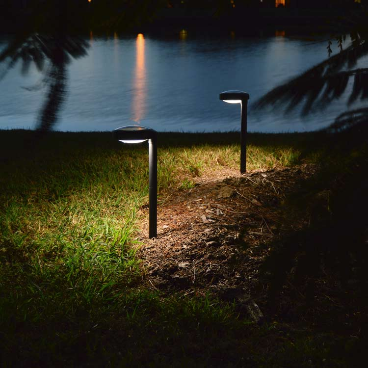Pathway Solar Light Disc2 By Free Light Natural White