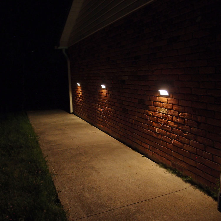 Wall Mount Solar Lights for Entrances. HORIZON by Free-Light! 14 ...