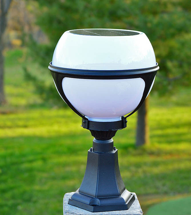 Globe Column Solar Light by free-light