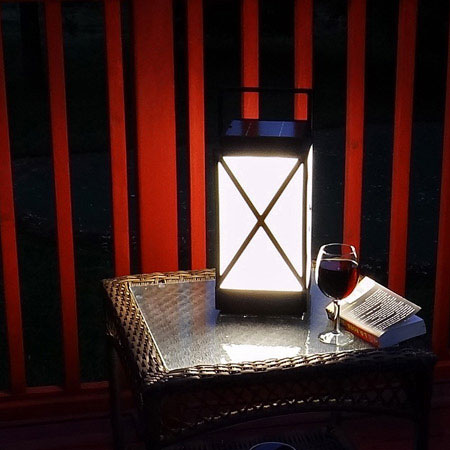 TERRA - powerful and durable Solar Table Light and Lantern