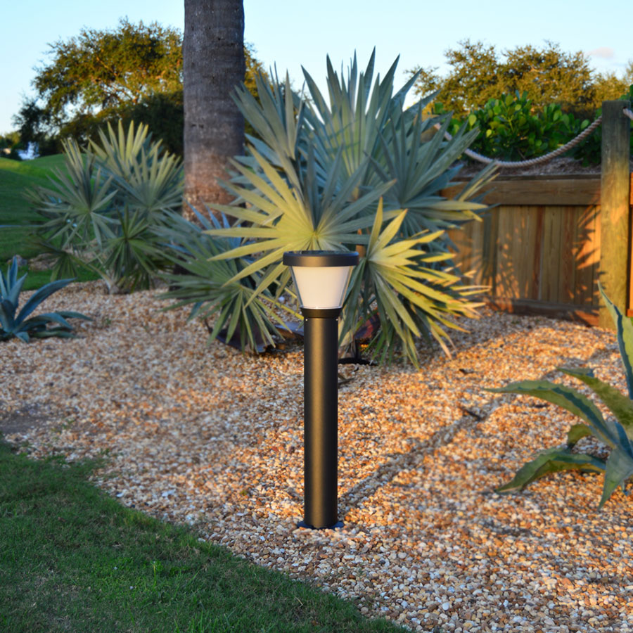 GEMINi Solar Bollard Pathway Light. Aluminum Construction, Built To Last