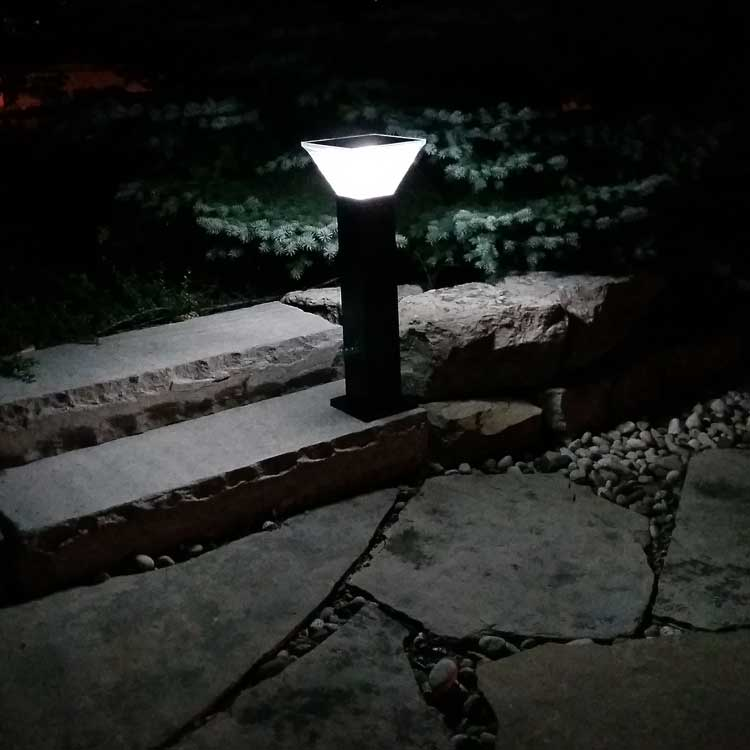 Courtyard Terrace Patio Accent Light