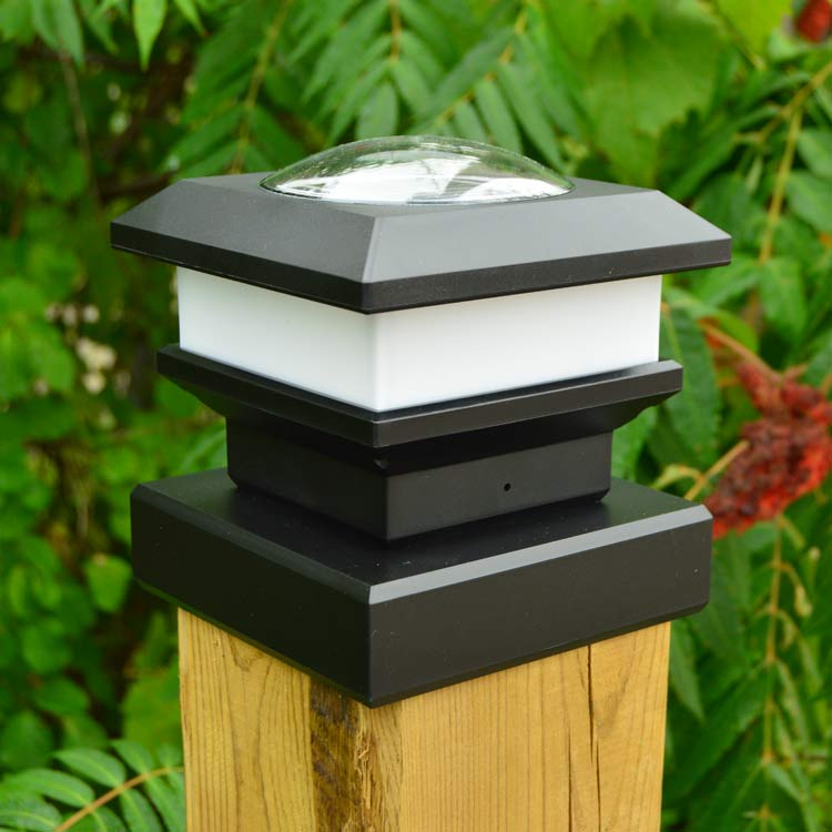 Fence Post Cap Finishing with Long-Lasting Solar Lights