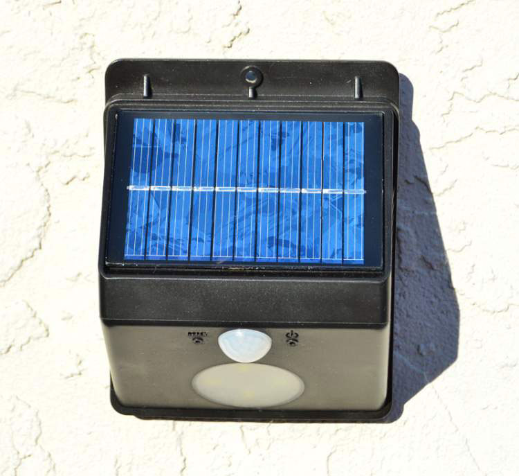 solar light for entrances and stairs