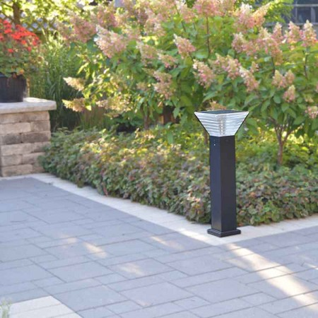 Pathway Solar Light - Millenia .8M Tall solar light fixture with up to 30' of light